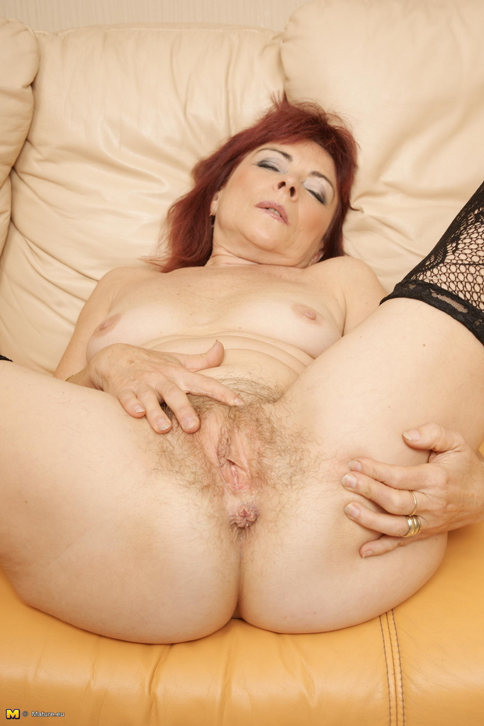 Very old granny just gets the fuck of a lifetime - 3 2
