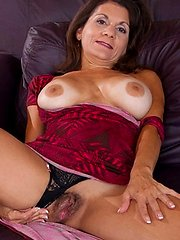 Tan brunette milf bounces her tight asshole on a hard cock